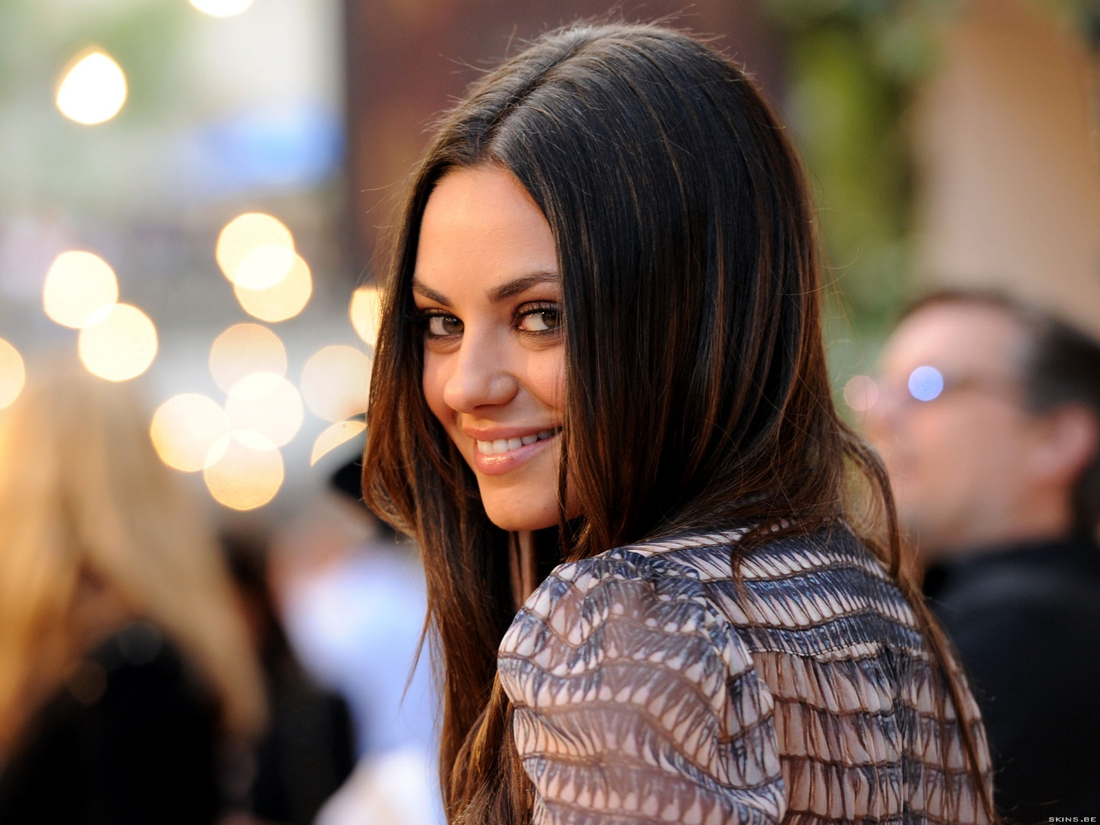 Mila Kunis wallpaper (#40221)