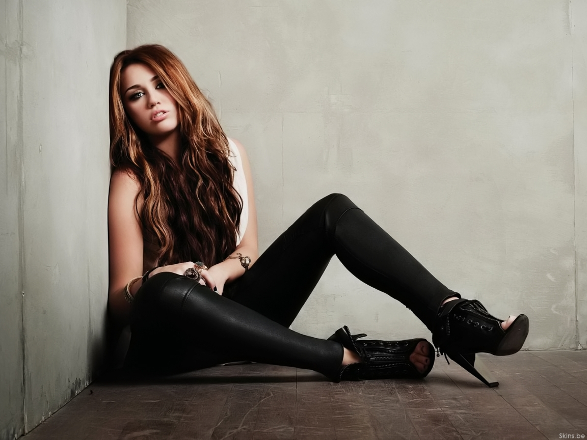 Miley Cyrus wallpaper (#38658)