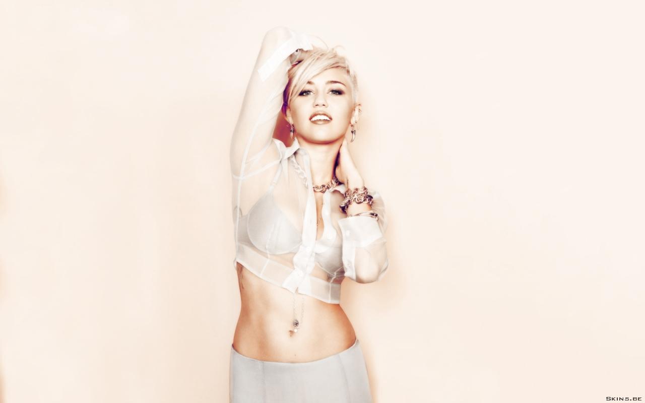 Miley Cyrus wallpaper (#41680)