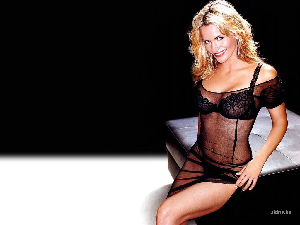 Natasha Henstridge wallpaper (#4241)