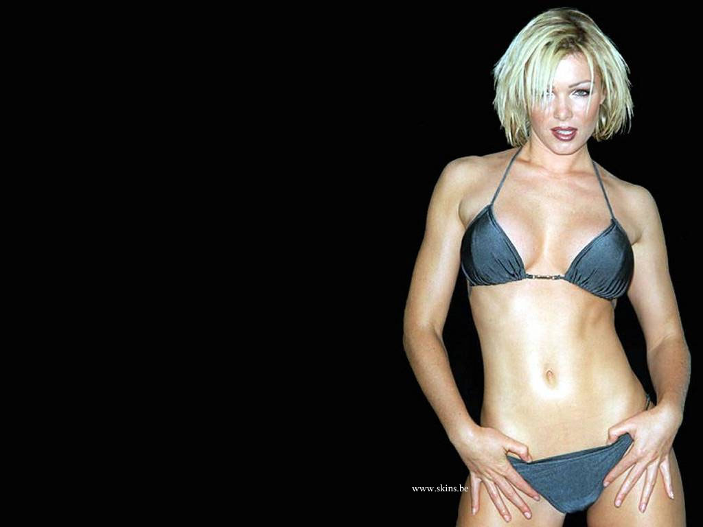 Nell McAndrew wallpaper (#2774)