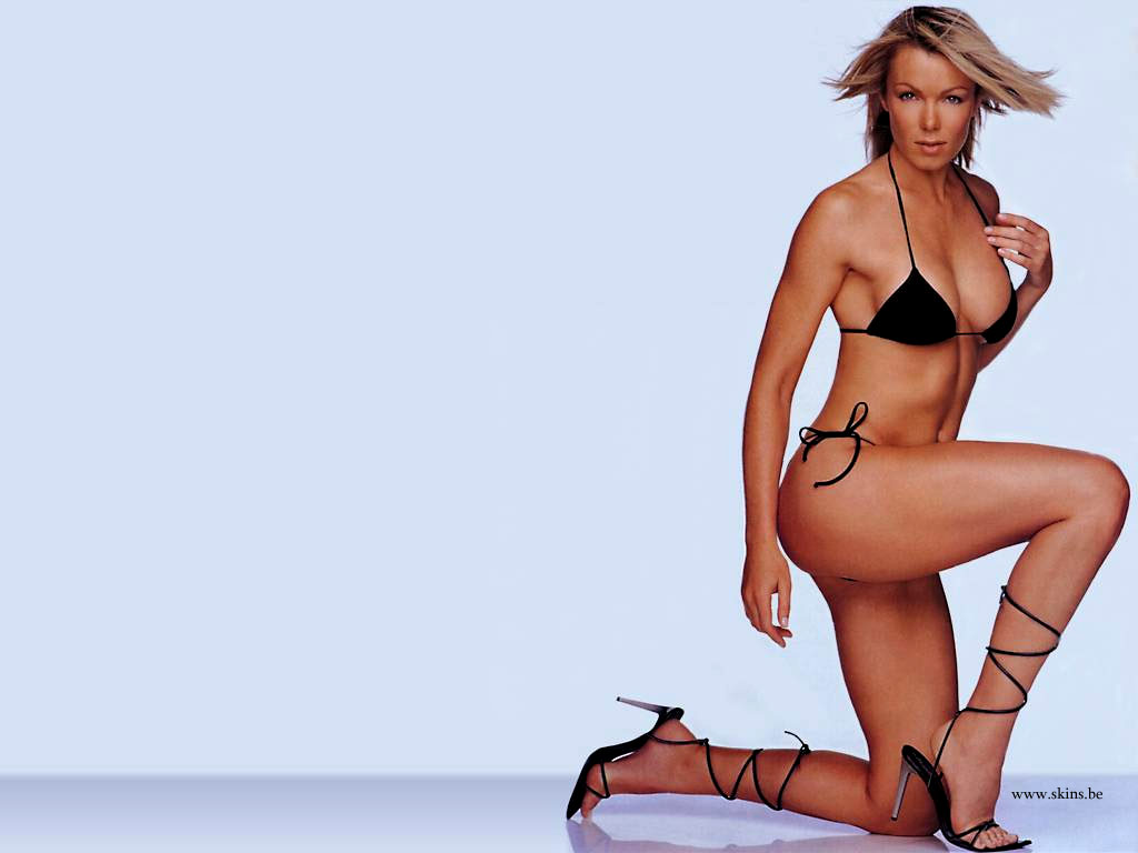 Nell McAndrew wallpaper (#2783)