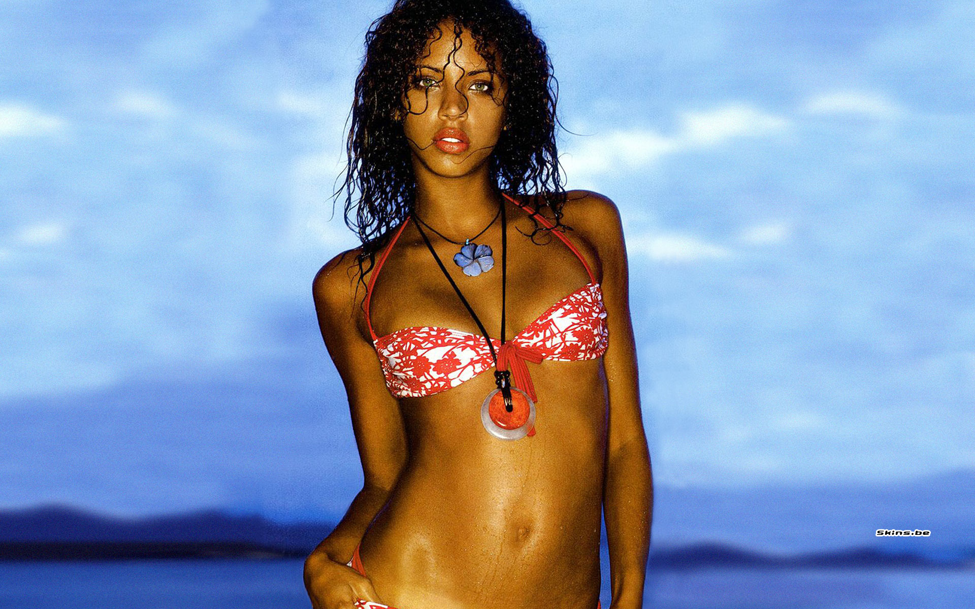 Noemie Lenoir wallpaper (#22656)