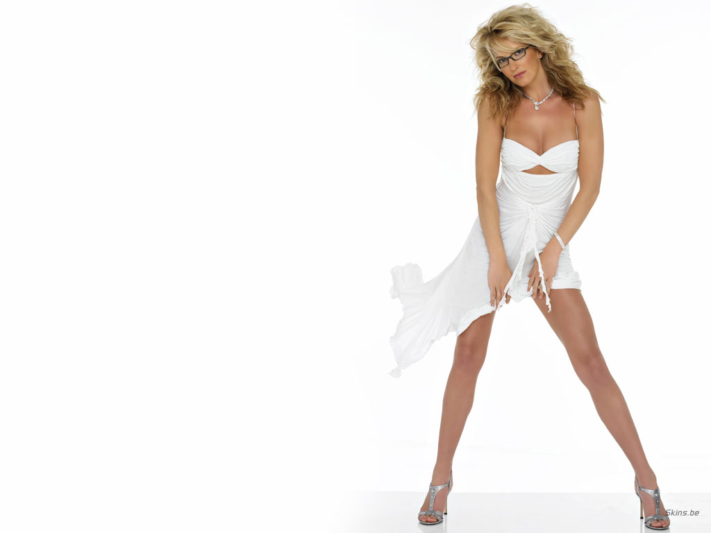 Penny Lancaster wallpaper (#21196)