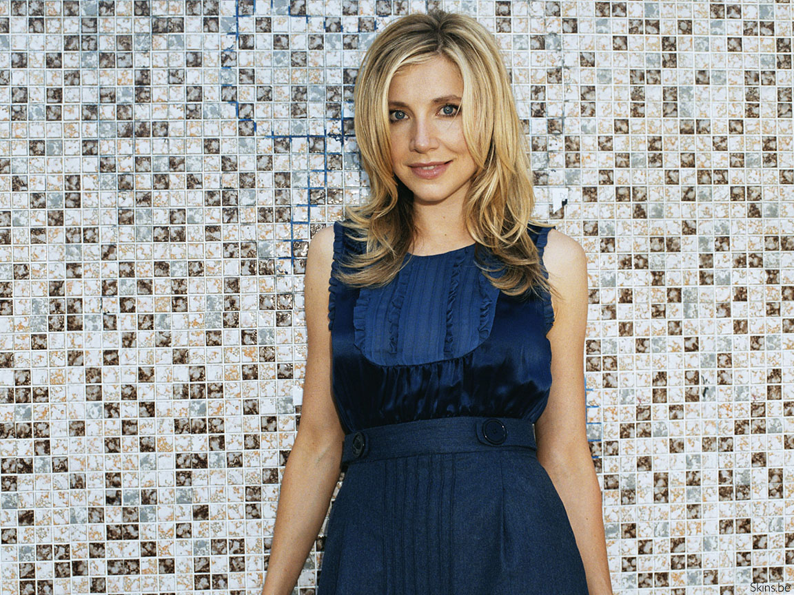 Sarah Chalke wallpaper (#34771)