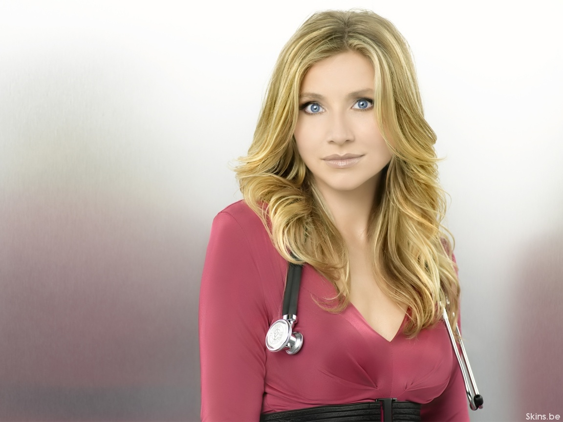 Sarah Chalke wallpaper (#35841)