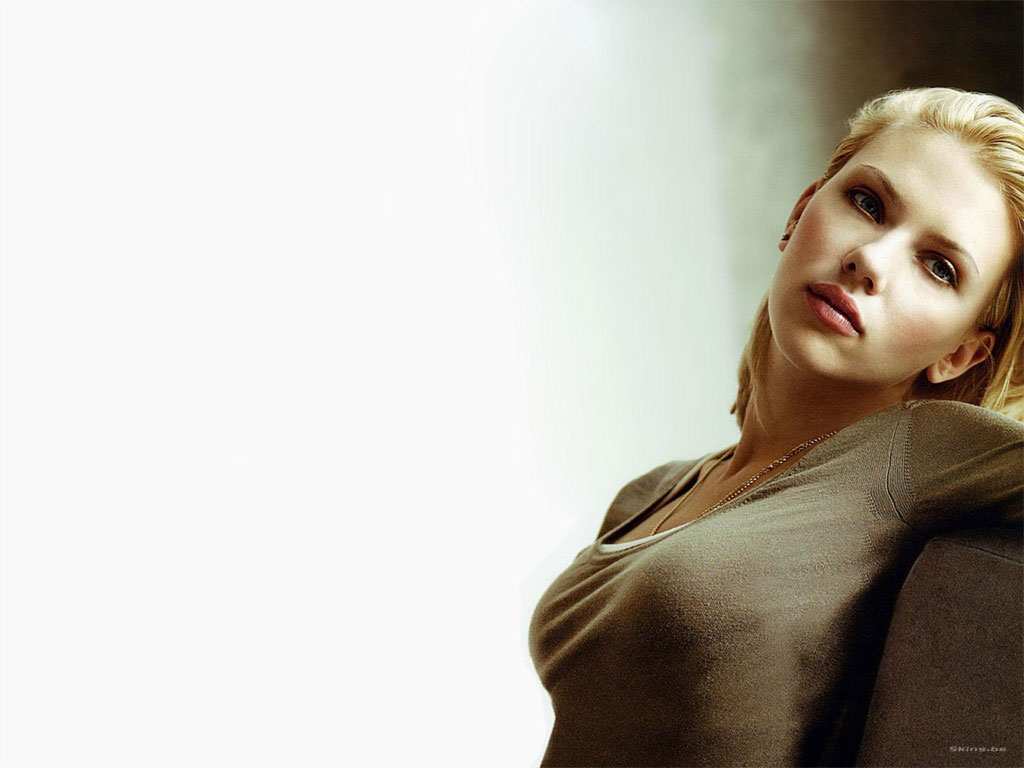 scarlett johansson measurements