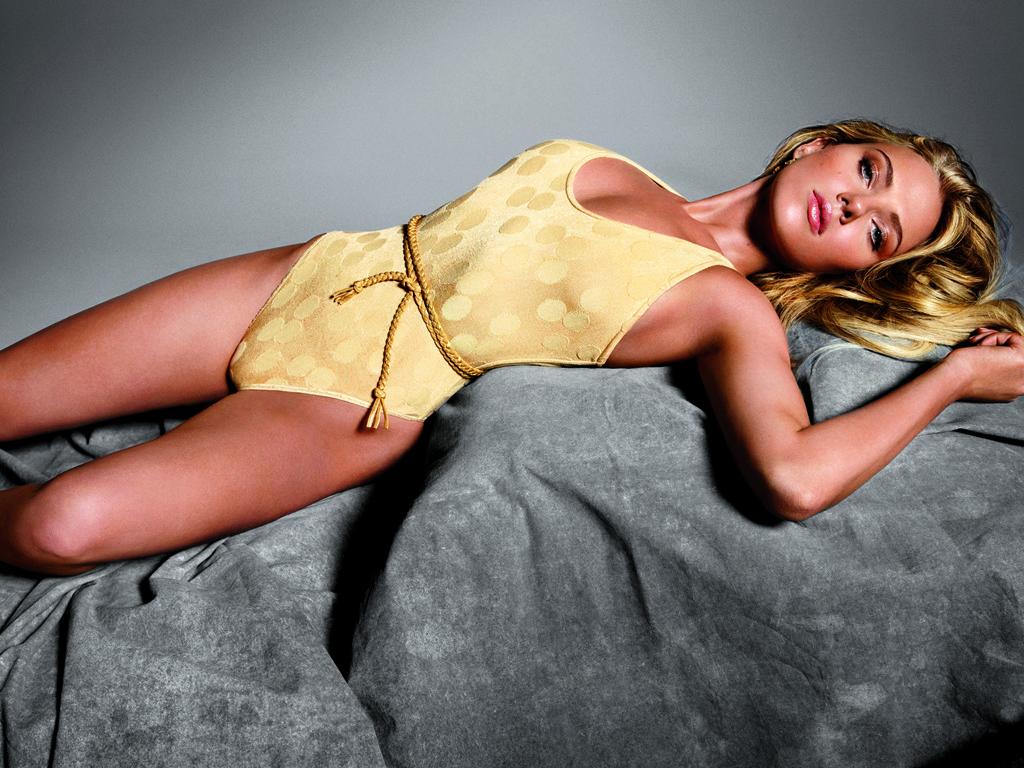 Scarlett Johansson wallpaper (#39458)