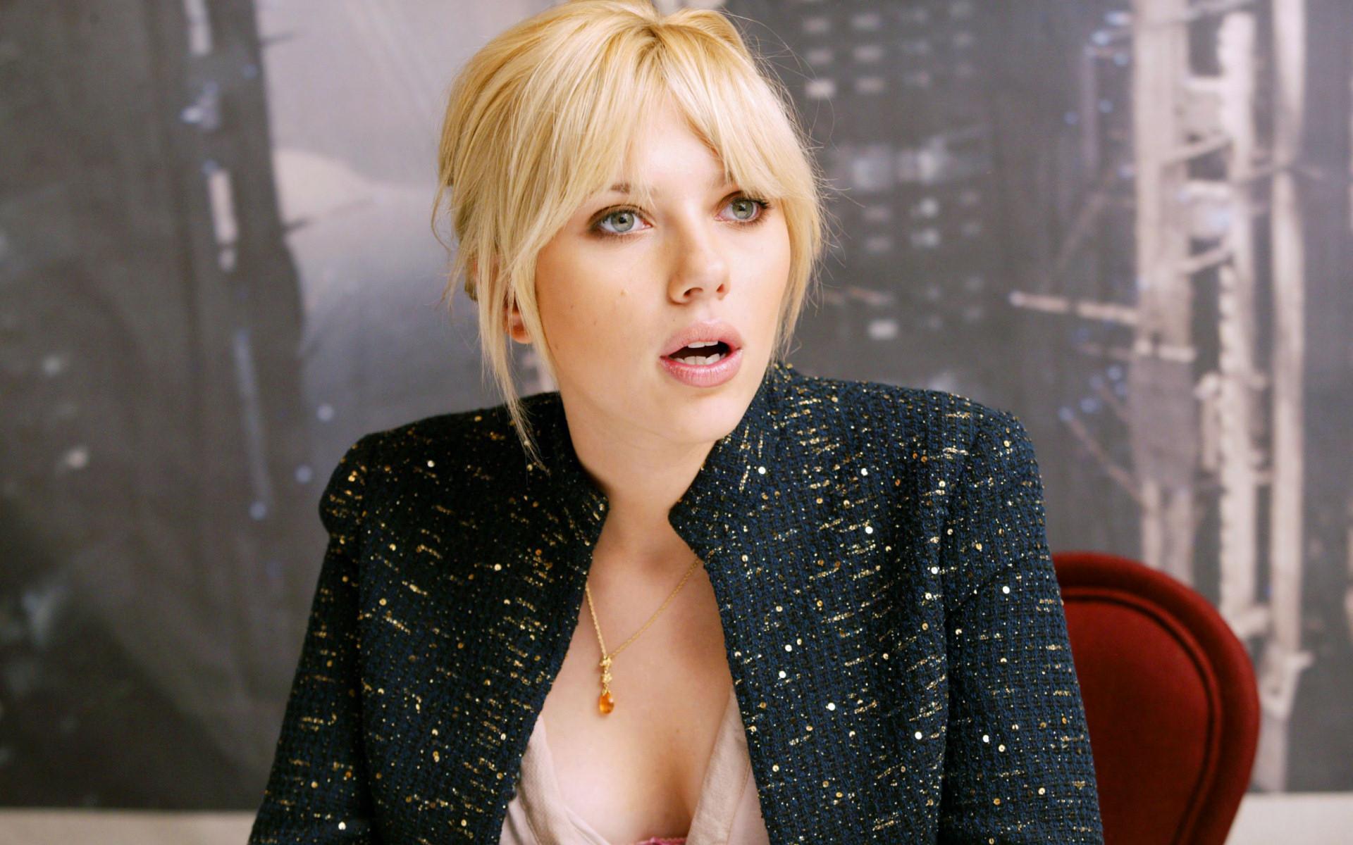 Scarlett Johansson wallpaper (#28614)