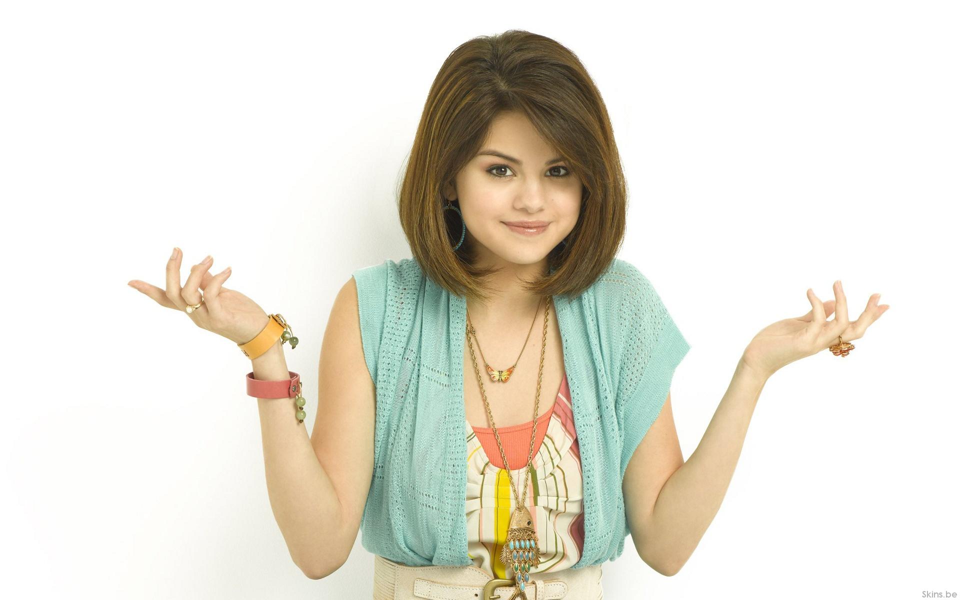 Selena Gomez wallpaper (#38239)
