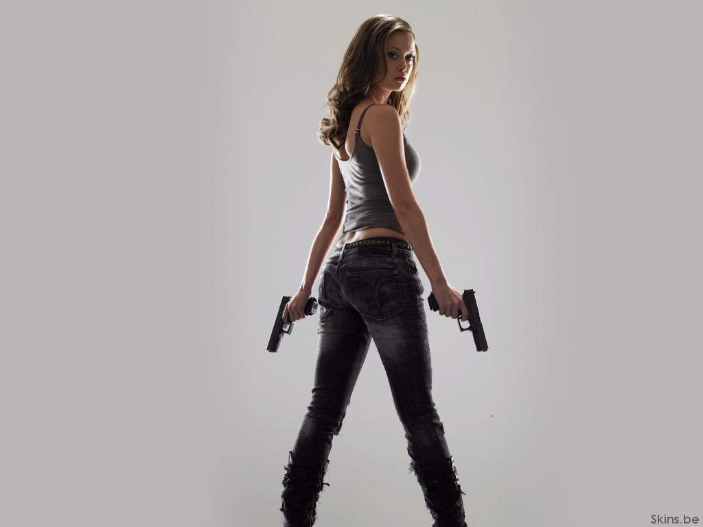 Summer Glau wallpaper (#36019)