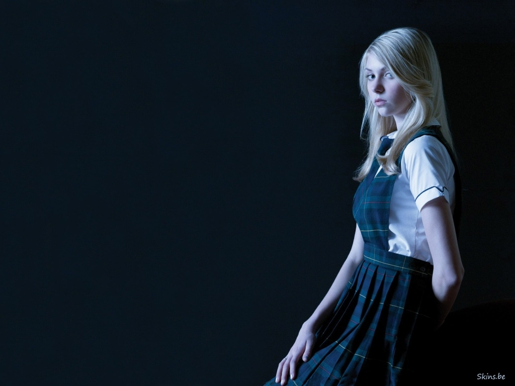 Taylor Momsen wallpaper (#36648)