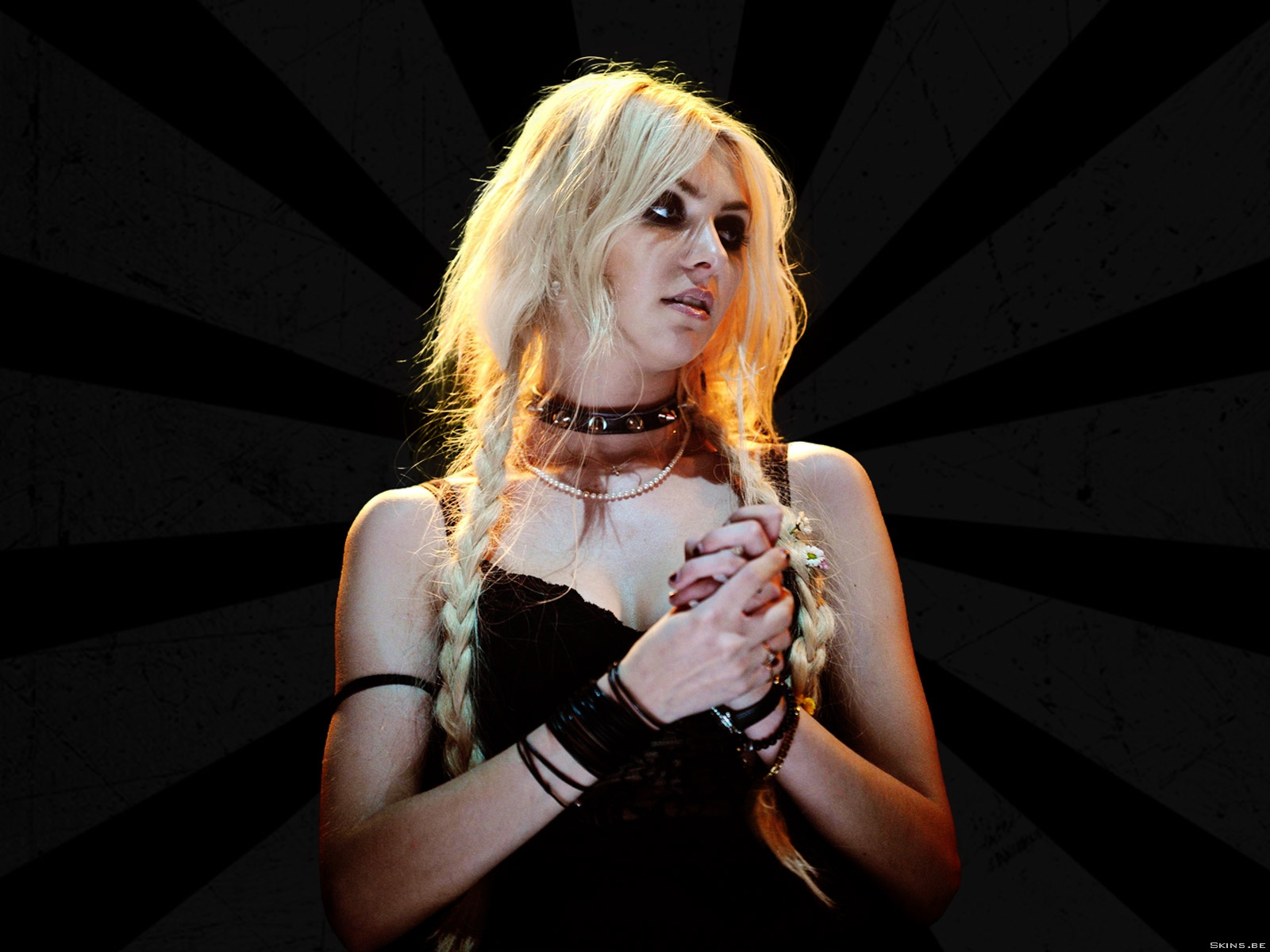 Taylor Momsen wallpaper (#40186)