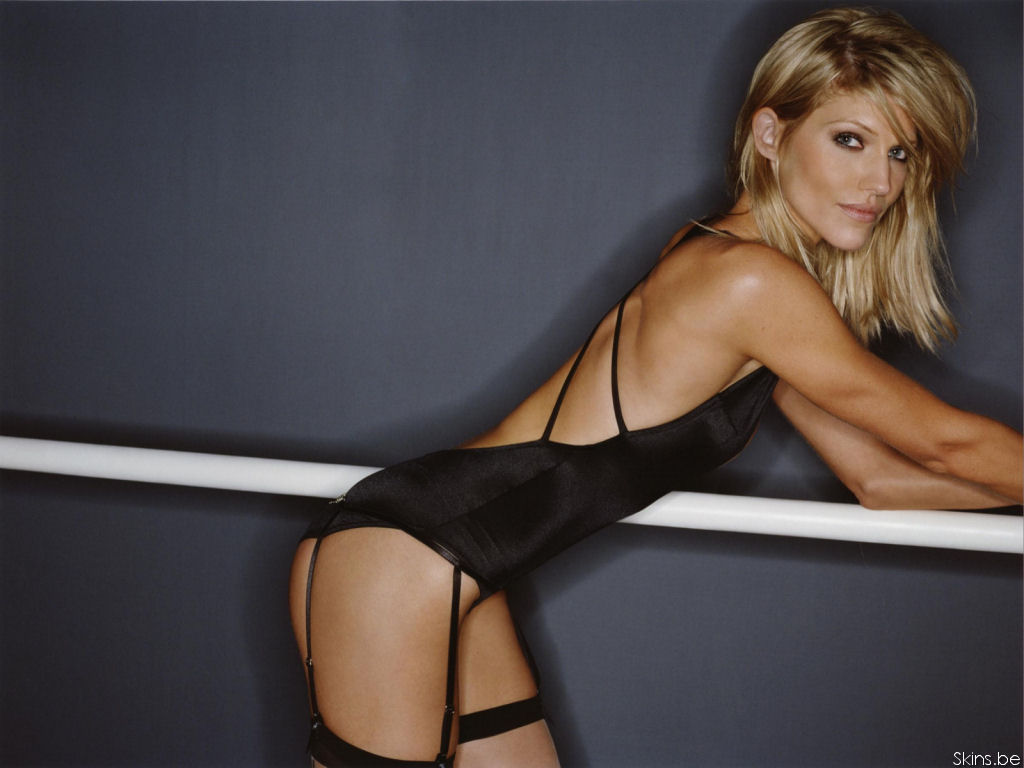 Tricia Helfer wallpaper (#28199)