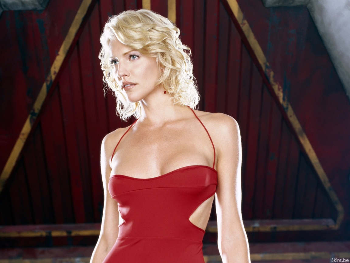 Tricia Helfer wallpaper (#31103)