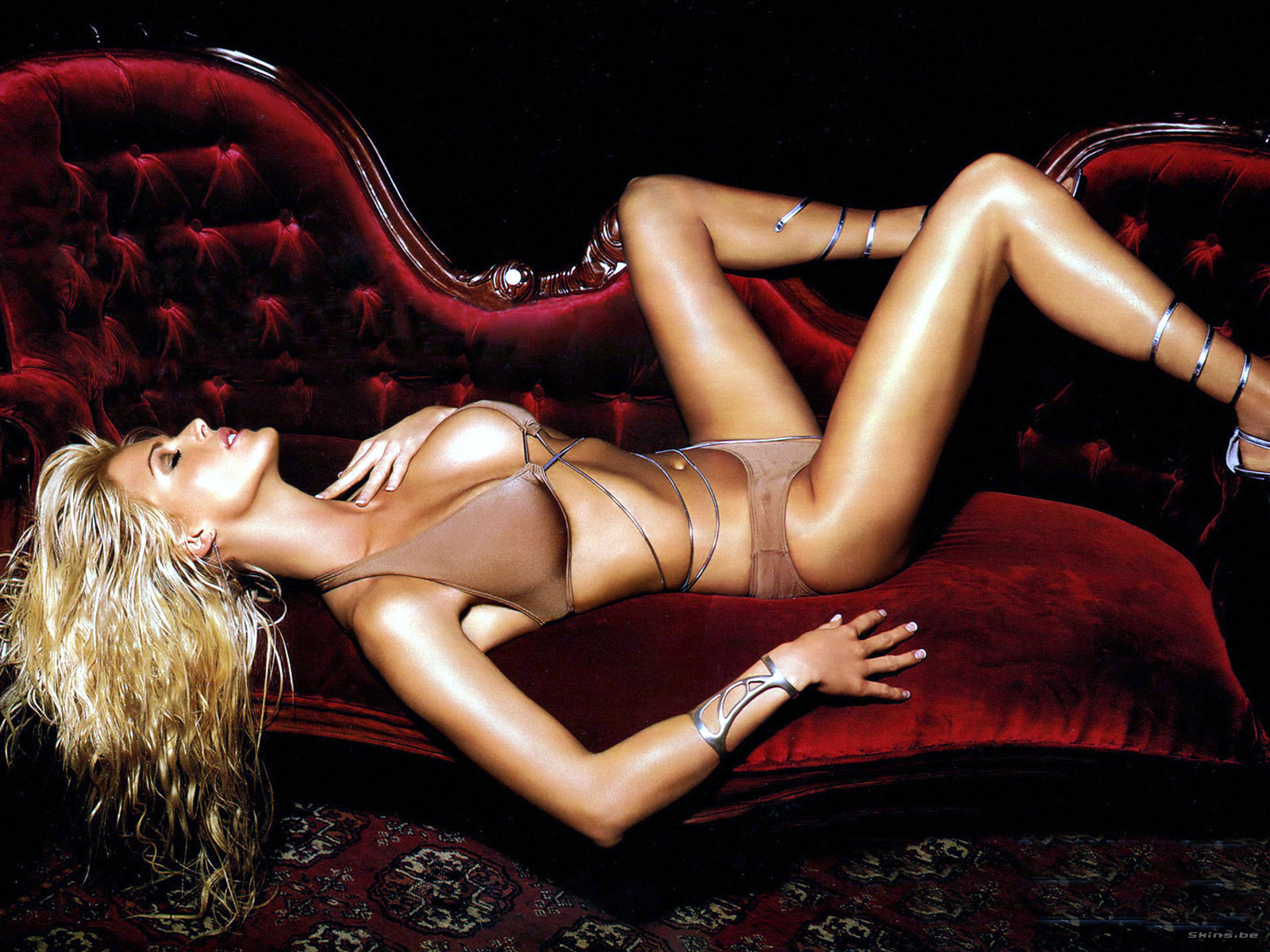 Victoria Silvstedt wallpaper (#24026)