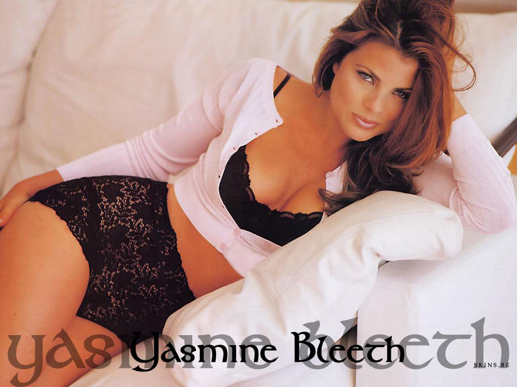Yasmine Bleeth wallpaper (#4703)