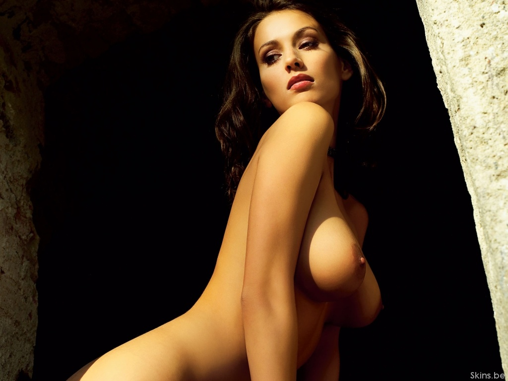 Sexy naked exotic women